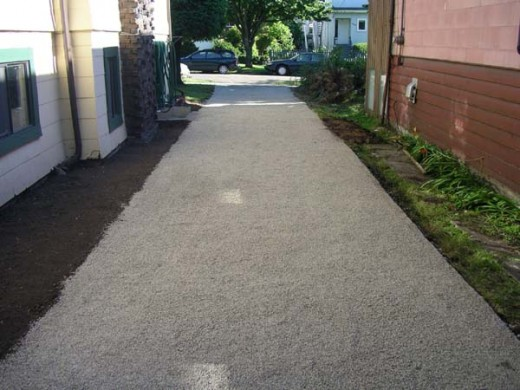 Eco Grid driveway with gravel