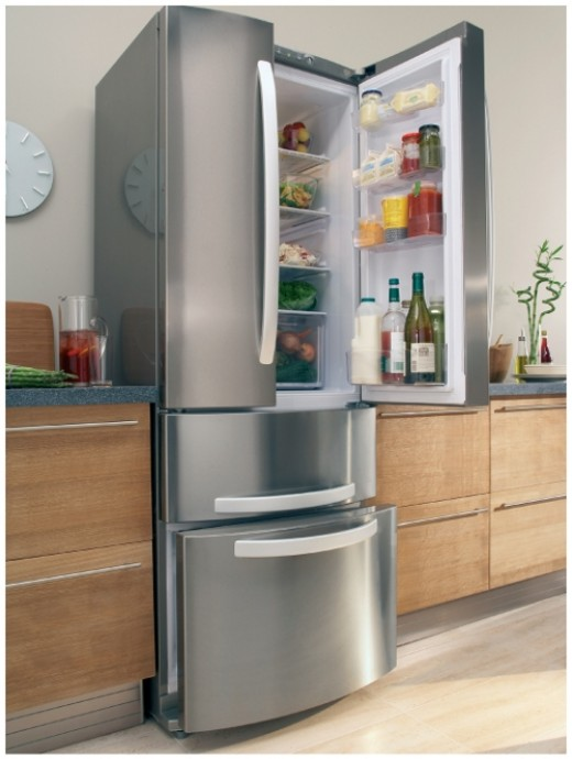 """Quadrio - at 70cm wide the Qaudrio is a great balance between conventional combi-models and American fridge freezers. It pretty much sets the bar when it comes to """"French door"""" style fridge freezers."""