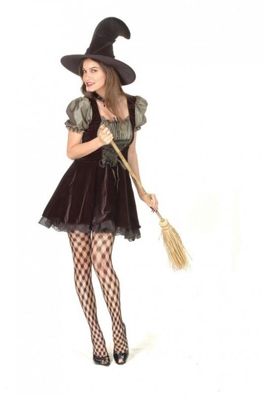 Pretty Witch Costume