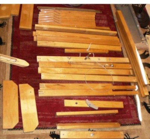 Weaving - setting up my loomin area, the loom in pieces, photo 2.