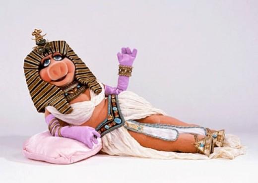 Miss Piggy as Cleopatra