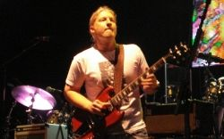Derek Trucks playing with The Allman Brothers Band at The Tweeter Center in Mansfield, MA