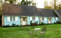 """Alfred"" two bedroom Self Catering Cottages"