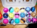 Decorating Easter Eggs with SHARPIE Markers