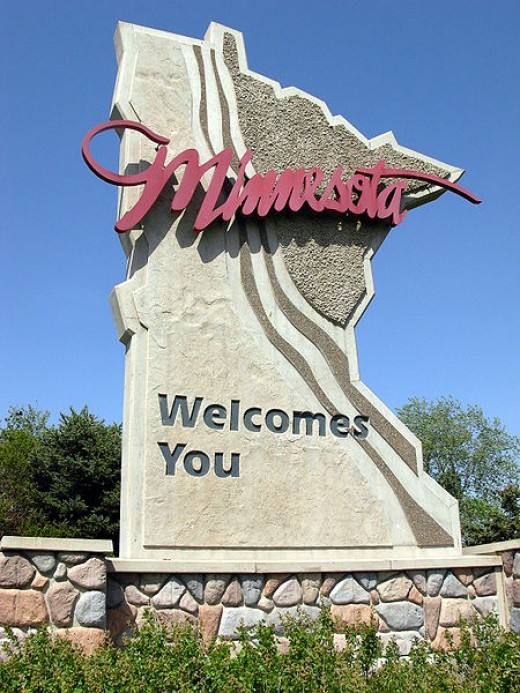 http://en.wikipedia.org/wiki/File:MinnesotaWelcomesYou2007.JPG