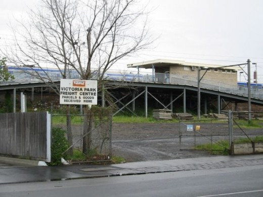 Victoria Park Station Collingwood