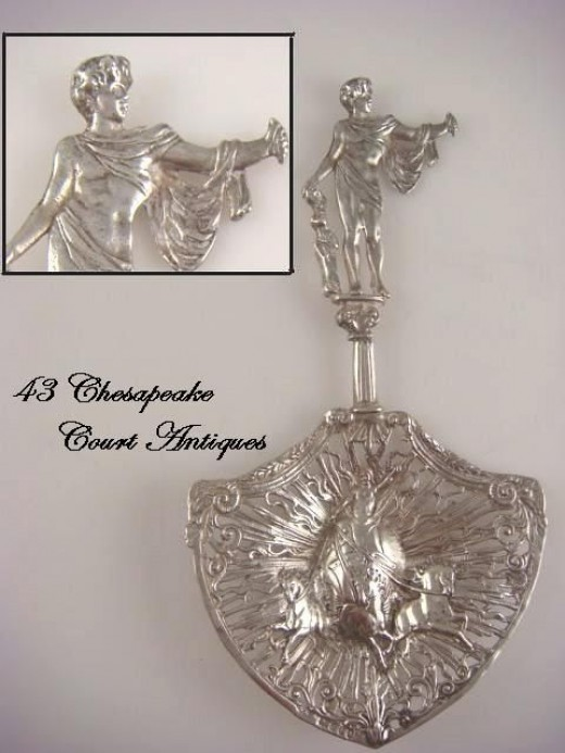 Antique Figural Sterling Silver Sugar Sifter Spoon Chariot & Horses