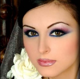 A pretty wedding makeup look.