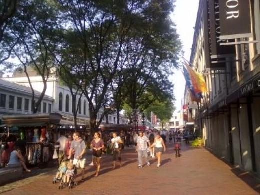 S Market St