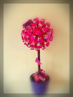 Make a Sweet Tree for Valentines Day