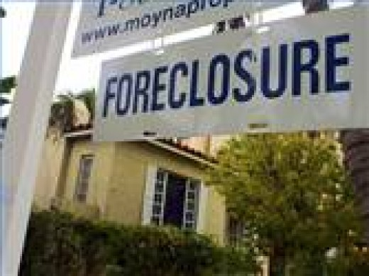Two types of Real Estate Scams focus on foreclosed house and tax liens.