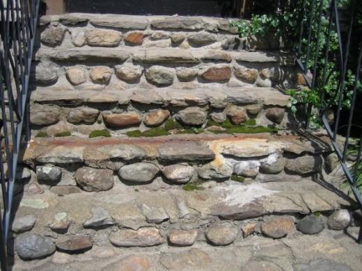 Pattern in Some Old Steps copyright:njg