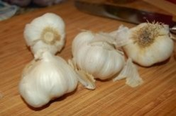 How to Make Spicy Garlic Mojo