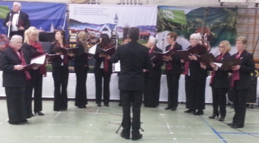 Performance of the Choir Slomsek (ladies choir)