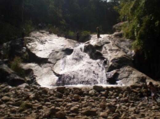Mor Paeng Waterfall