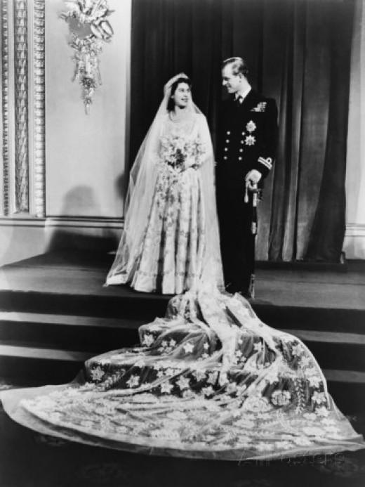 The Wedding dress of England's Queen Elizabeth in 1947