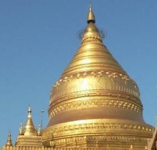 Shwezigon, the holiest of the Bagan Pagodas