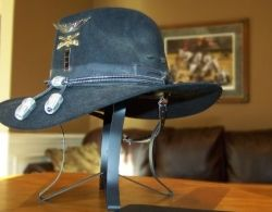 Example of a modern-day Air Cavalry Stetson