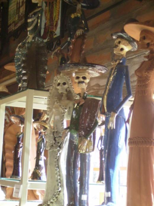 Porcelain skeletons as decorations for El Día de los Muertos