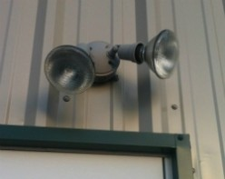10 Pro Tips for Installing Outdoor Security Lighting
