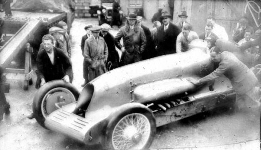 Malcolm Campbell at Pendine in 1927