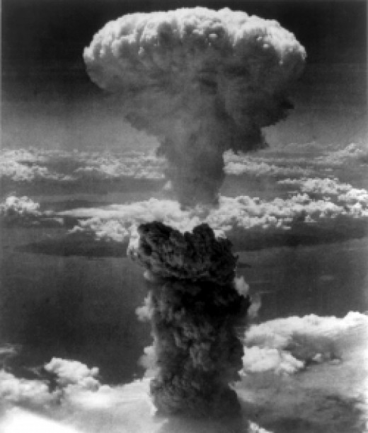 Mushroom cloud from the Nagasaki atomic bomb, August 9, 1945. Credit: U.S. Army.