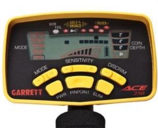 Garret Ace 250 metal detector