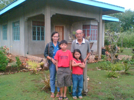 My Father, mother, my daughter Zara, and my nephew A-Boy, taken at my parents' place in Panglao, Bohol