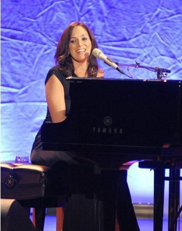 chantal-kreviazuk