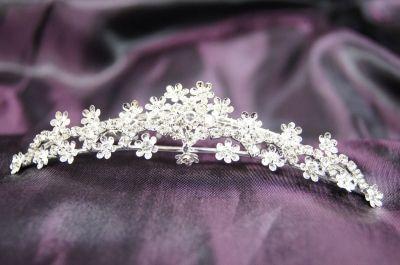 Beautiful princess bridal wedding tiara comb with crystal