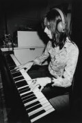 "Nicky Hopkins---die 1994--- Worked with ""The Rolling Stones"", ""The Who"", John Lennon, ""Jefferson Airplane"", ""The Kinks"" and many others."