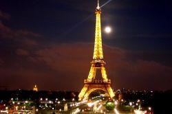 Eiffel Tower (hotspotsworld.com)