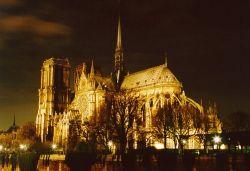 View of Notre Dame and Pont de la Tournelle (essential-architecture.com)