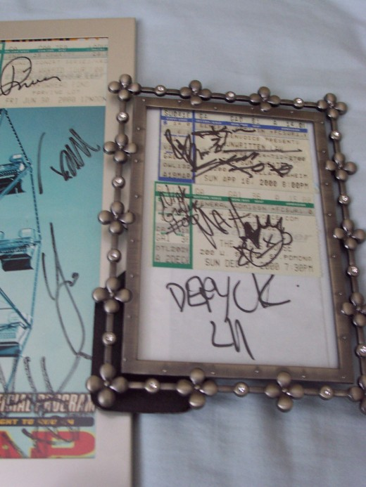 some autographs... Rivers from Weezer, MxPx, Unwritten Law, Mest, Deryck from Sum 41