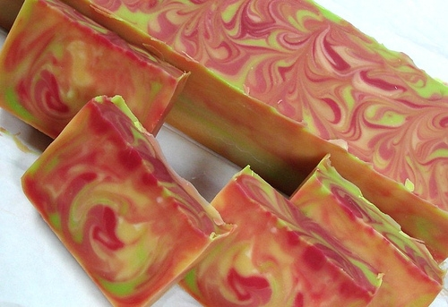 """Great example of swirled soap. Check out photos of the Soap Queen's process at http://www.soapqueen.com/bramble-berry-news/sneak-peak-kbshimmer-on-soap-queen-tv-2/"""""""