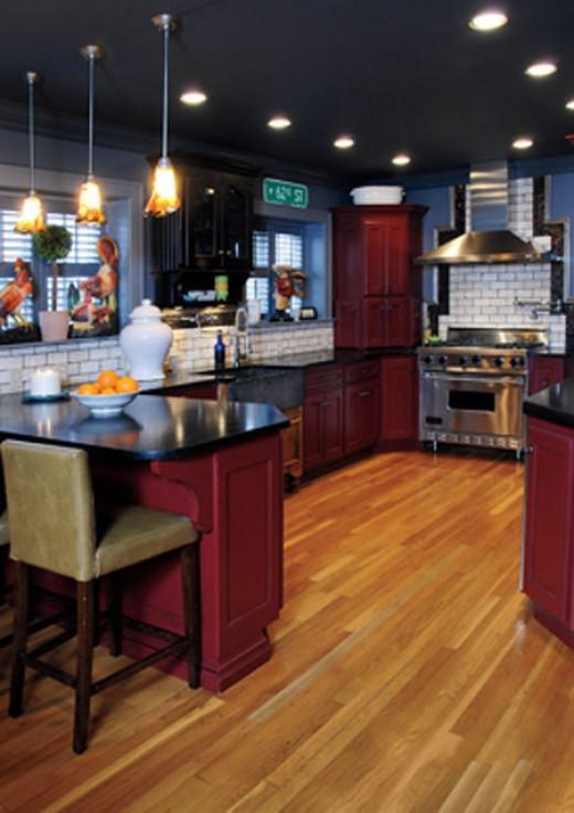 Designer:   Kathy Euston of Euston Kitchen Co. located in Prairie Village, KS  Click to view more of Kathyâs designs