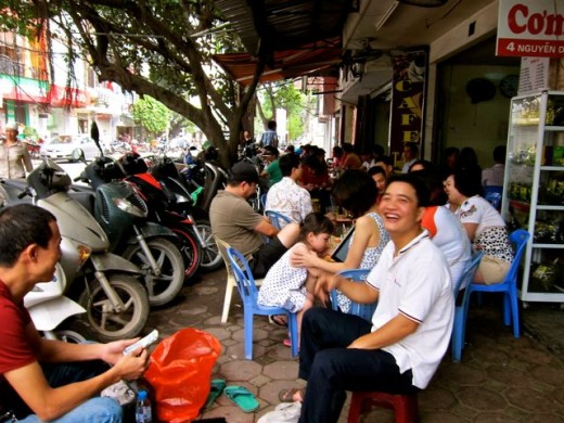 Breakfast in the streets of Hanoi
