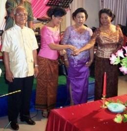 Parents Arrange Khmer Wedding