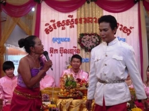 Master of Ceremonies Singing Stories
