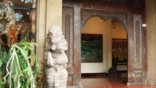 Store Entrance in Ubud
