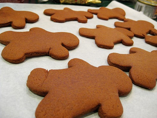 These Gingerbread Men Need Clothes!