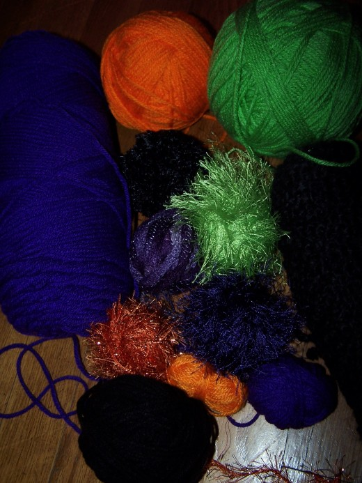 Select an assortment of yarn with different colors and/or textures.  Photo by the author.