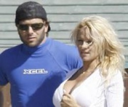 Newly Weds Rick Salomon and Pamela Anderson