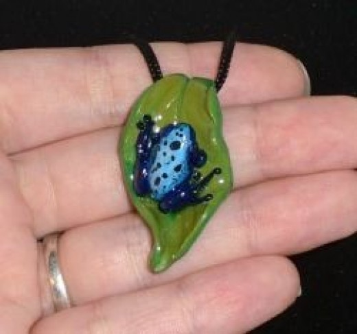 Poison dart frog necklace