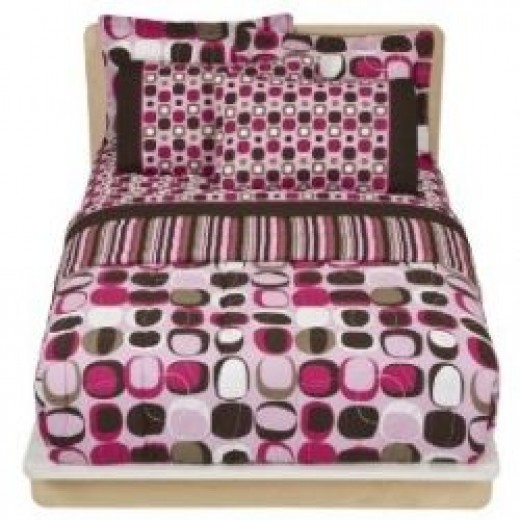 pink and chocolate brown bedding