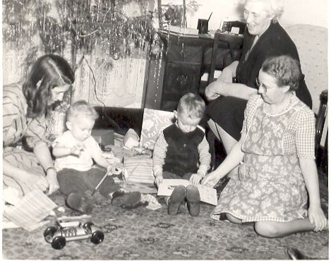 Aunt Marie with Aunt Harriet, Harry and Herbert.