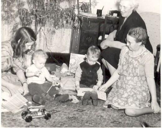 Aunt Marie with Aunt Harriet, Harry and Herbert.