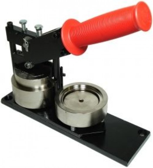 The professional button makers are durable, easy to use and portable.
