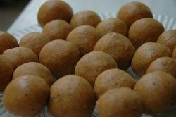 besan laddu indian sweet recipe