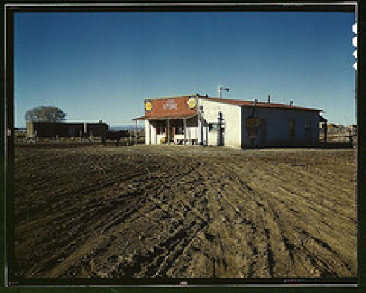 1940 -- General Store-- Cuesta, New Mexico [Library of Congress -Public Domain image.]